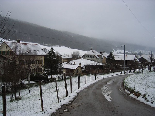 Road in Cormoret.jpg