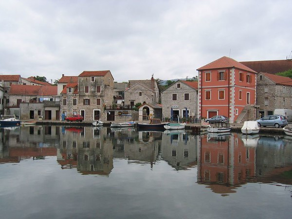 Vrboska Harbor near Jelsa.jpg