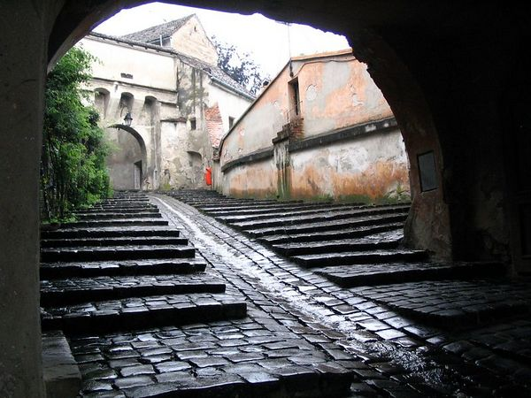 Entrance to old town.jpg