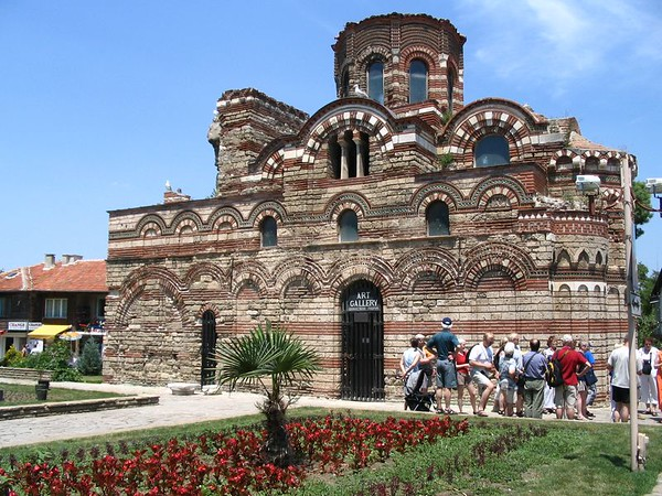 Historic Nesebar church.jpg