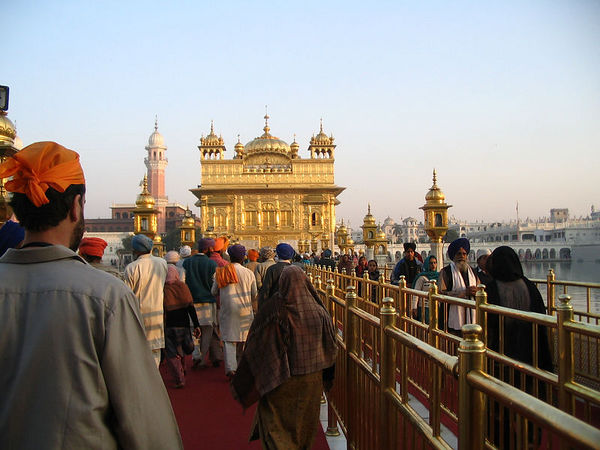 walkway to golden temple
