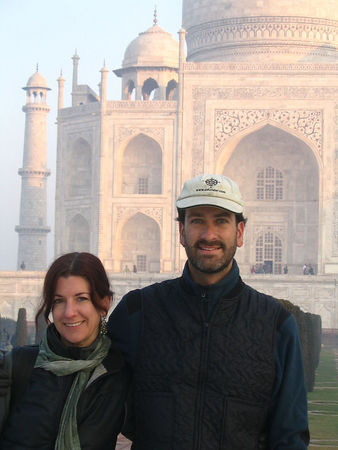 D & E at Taj Mahal